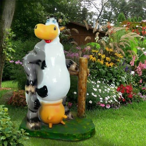 Фигура садовая Корова у забора