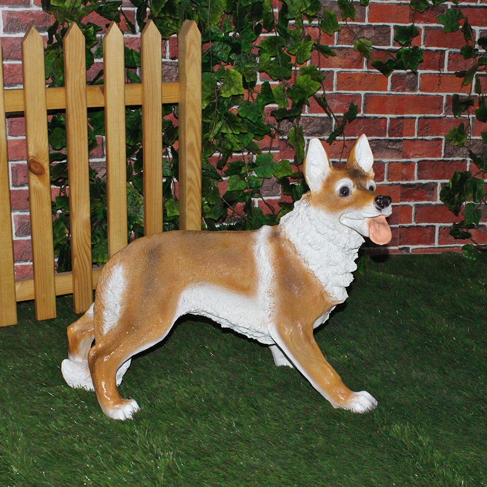 Собака фигура для сада