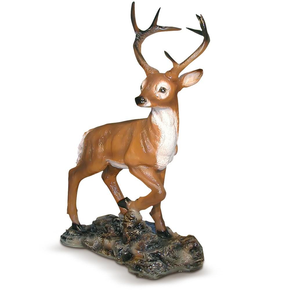 Фигура для дачи олень